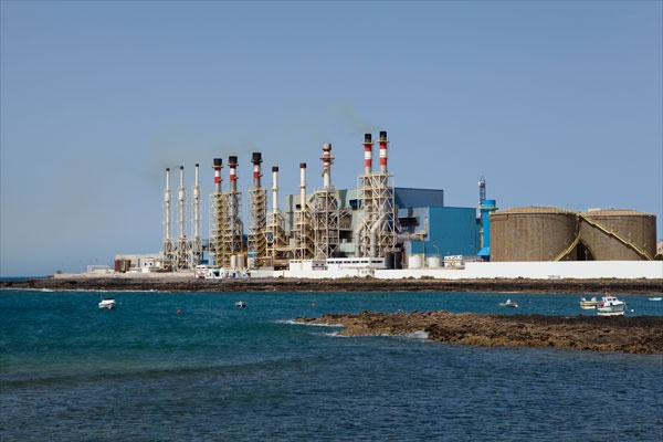 Desalination plant on ocean